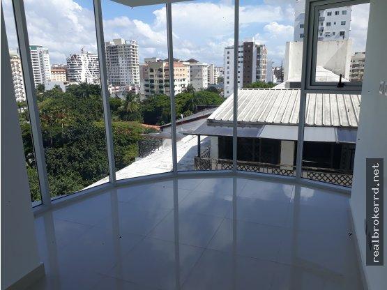 Alquiler de Apto con LB en Piantini, Santo Domingo