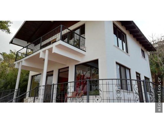 Alquiler de casa en San Rafael de Escazú