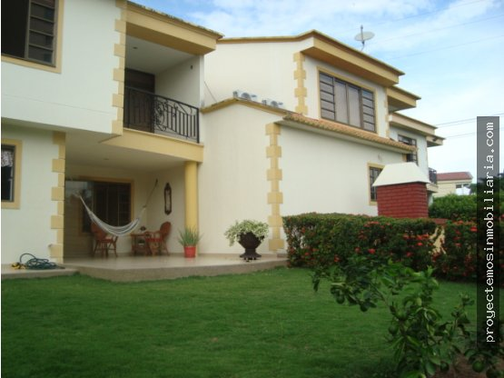 Venta de casa en Altos de Iguatemi, Neiva