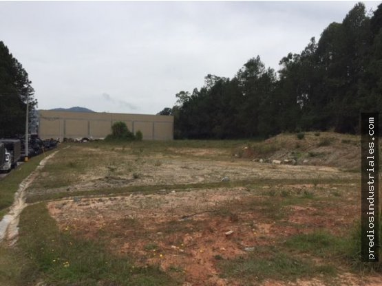 Lote industrial en Udad cerrada 23.111 m2
