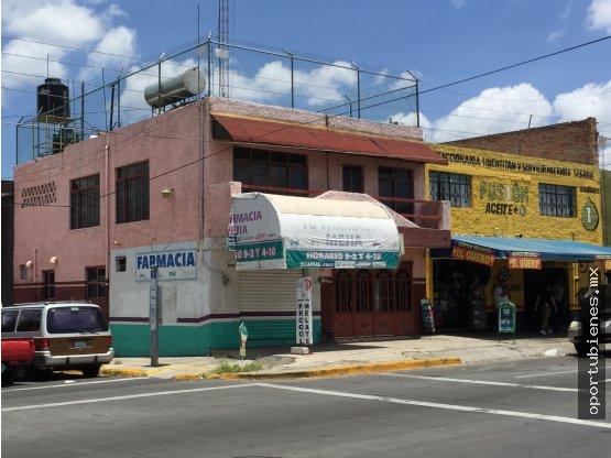 Local Comercial con Casa bien UBICADO