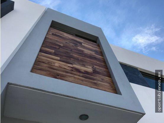 Casa 78-C Nueva Acabados de Lujo La Cima