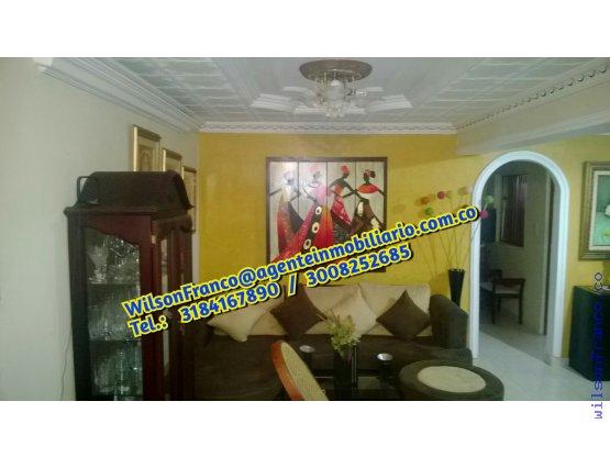 Casa En Venta Esquinera, divida en 2 apartamentos