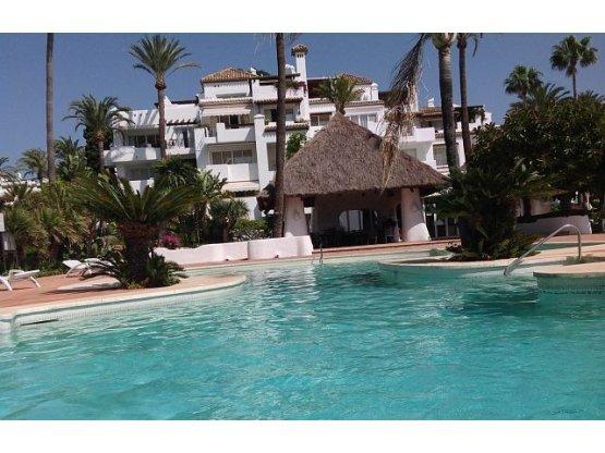 Alcazaba Beach ground floor apt.