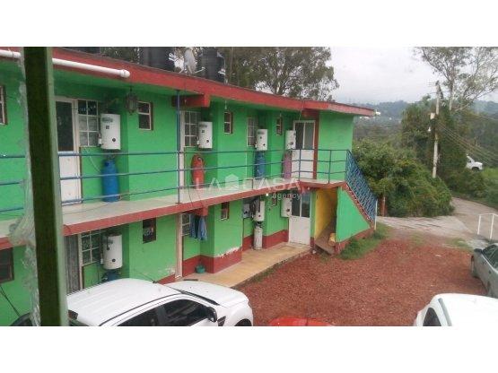 HOTEL EN EL ARCO CON 2 CANCHAS DE  SQUASH
