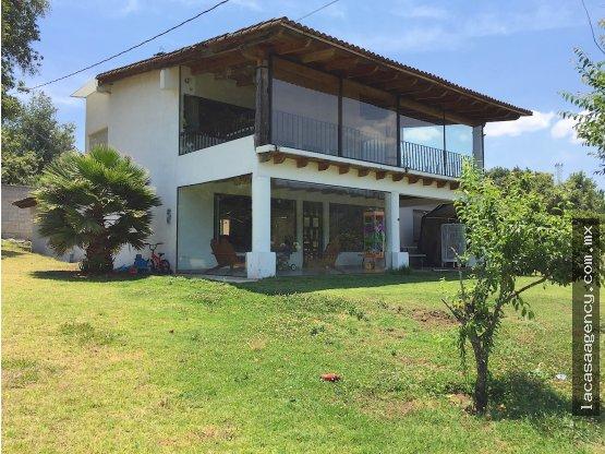 Casa en Renta Acatitlán, con mucho jardín!