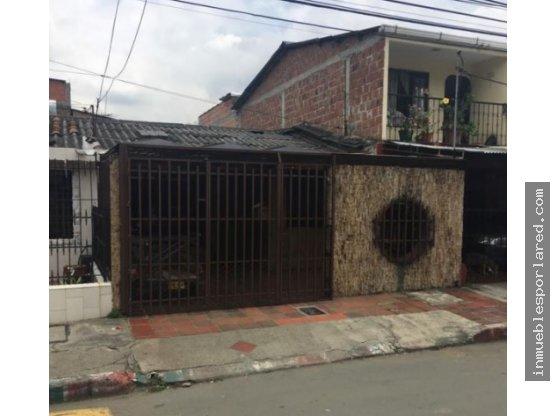 REMATE Casa 1 Piso Grande Barrio Industrial