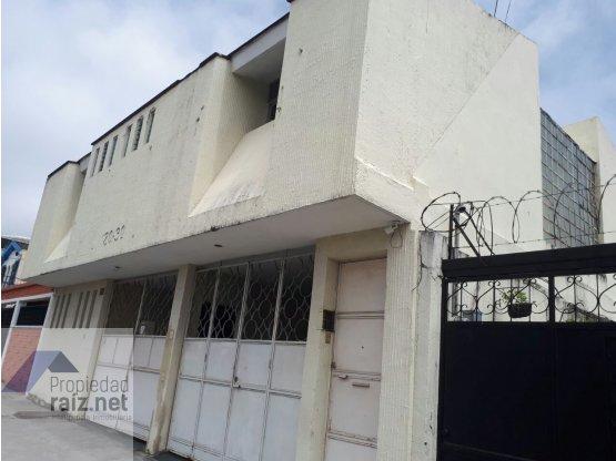 Oficina o vivienda #Z11 Por  #Miraflores / D