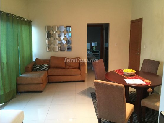 Apartamento Amueblado en Evaristo Morales