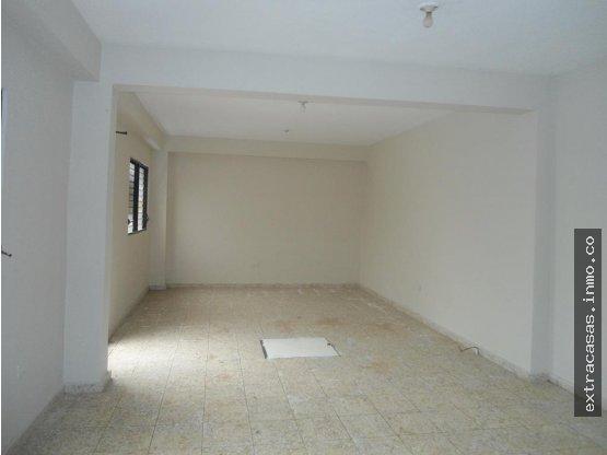 Local de Oficina 1er piso 35mil, Serralles