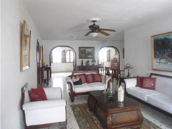 Casa en venta en el Milloncito, santo domingo