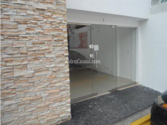 Local en Alquiler en Bella Vista Santo Domingo