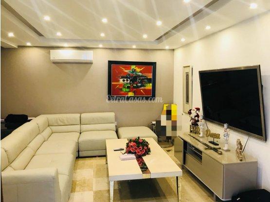 Casa en alquiler en Bella Vista Santo Domingo