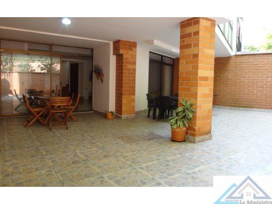 Casa Medellin el poblado