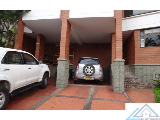 Casa en venta en el poblado, tesoro, Medellin
