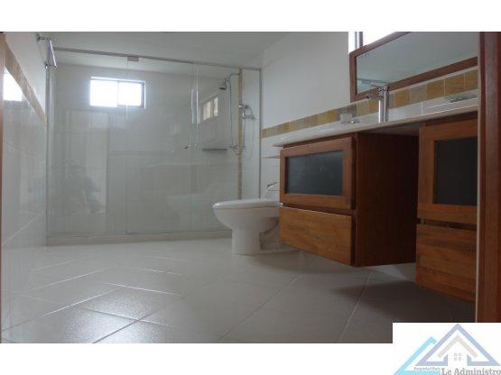 Apartamento a la venta, Sabaneta por Aves Maria
