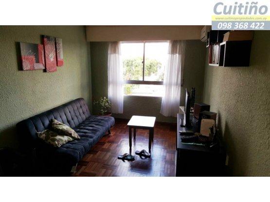Venta lindo apartamento 1 dormitorio sobre avenida