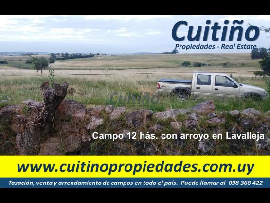 Campo de 12 has. con arroyo y hermosas vistas