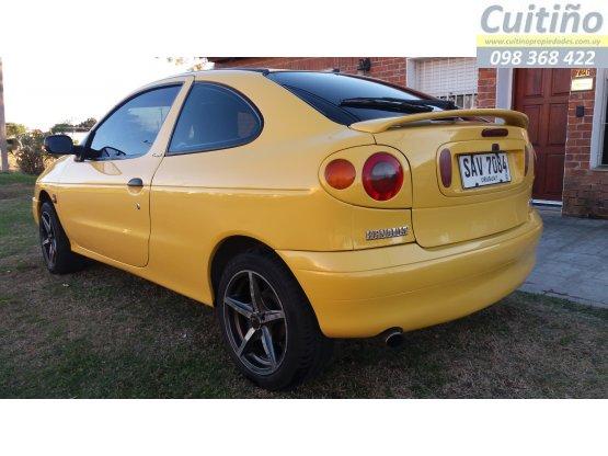Vendo Renault megane coupé. Permuto - Financio