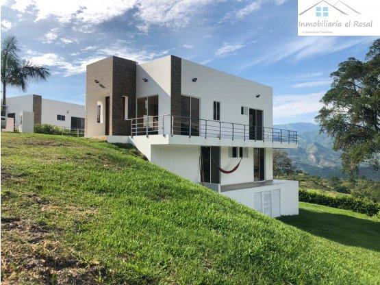 Estrene Casa Campestre Exclusivo Condominio