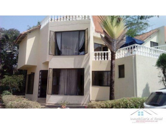 Vendo Casa en Exclusivo Conjunto Residencial