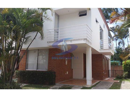Se Vende Casa en Condominio Campestre Ibague