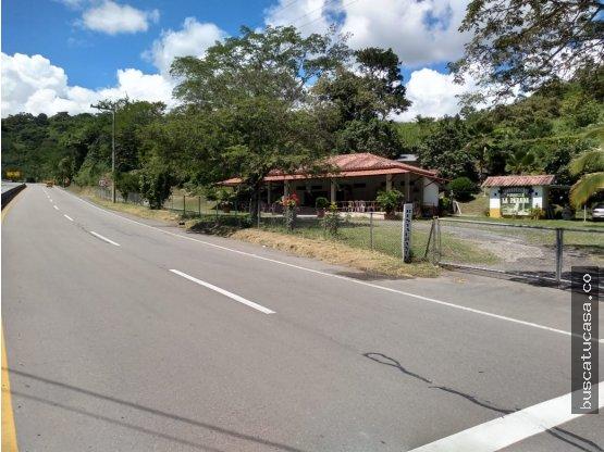 Vendo Terreno comercial  autopista en Villeta