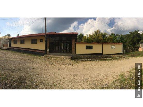 Vendo Casa Lote en Supatá Cundinamarca.