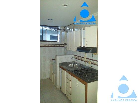 Amplio apartamento en La Villa Pereira $78000000