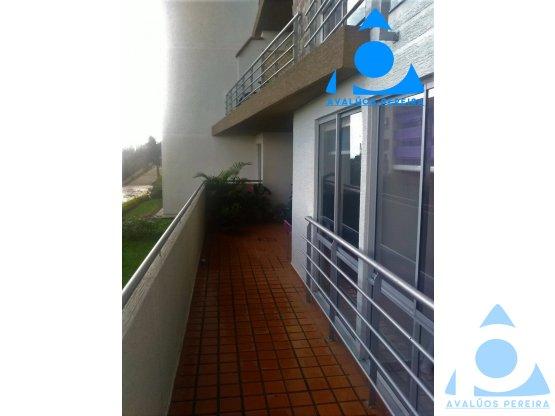 Gran apartamento cerca del aeropuerto de Pereira