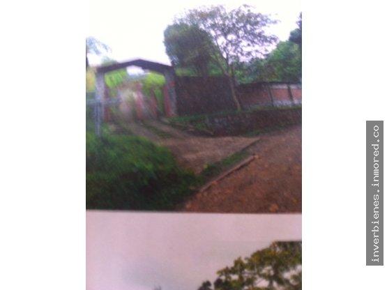 Casa campestre- Medio Dapa-