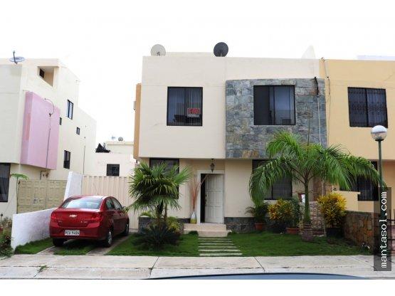 Vendo Casa via spondylus Urb Alamos Manta