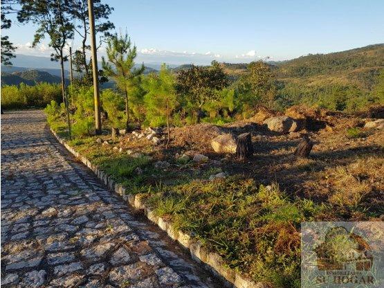 Se vende terreno en Miralagos el Hatillo