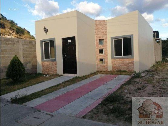 Se vende casa nueva en Res. Villa los laureles