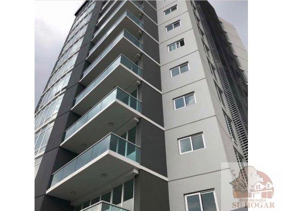 Se alquila apartamento en complejo Malibu