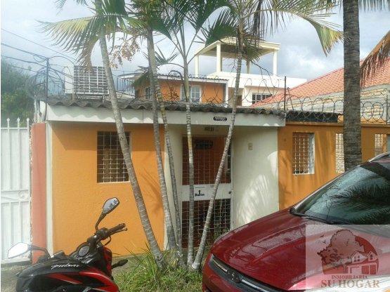 Venta de casa en Lomas de Toncontin