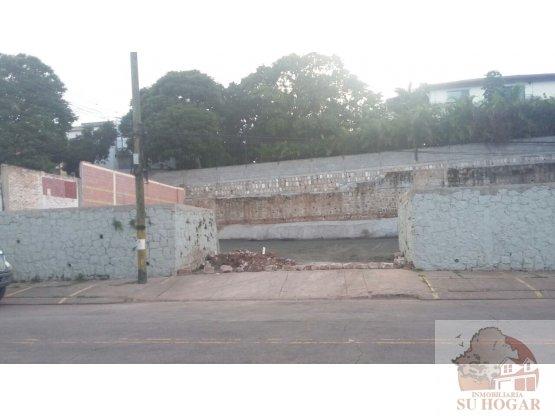 Alquiler de Estacionamiento en Col. Palmira