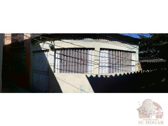 Se vende casa en col.Centroamérica oeste