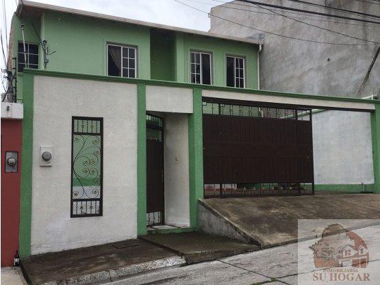 Se vende Casa en Residencial Las Uvas