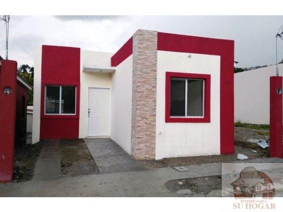 Casa en preventa+Terreno en Villa Los Laureles