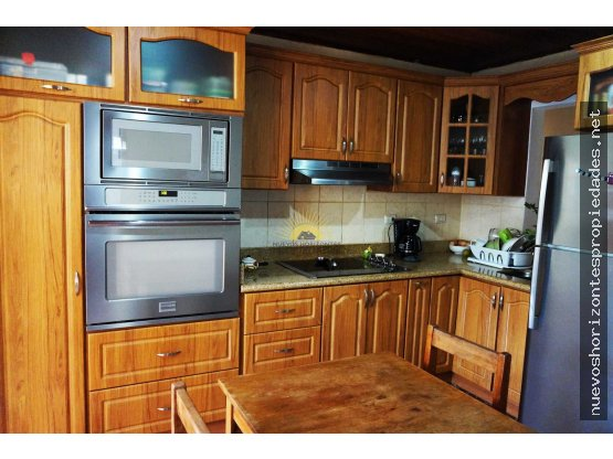 Se vende casa espaciosa en Coronado (NHP-396)