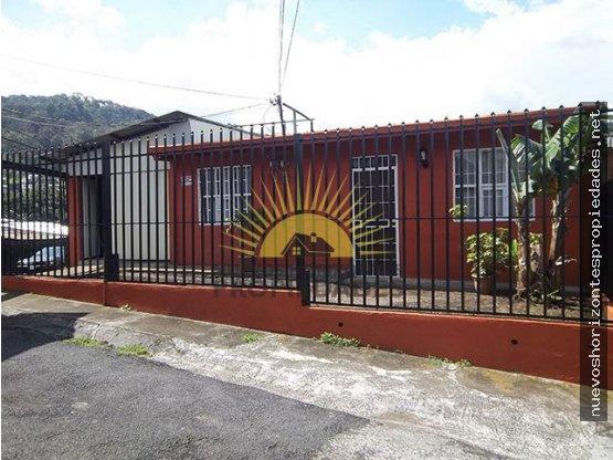 SE VENDE CASA CON APTO. EN SAN DIEGO,TRES RIOS