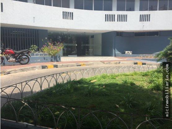 SE ARRIENDA Local en centro medico