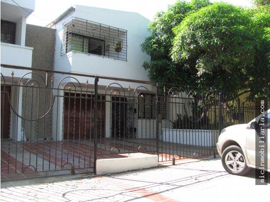 SE ARRIENDA Casa Comercial en Prado