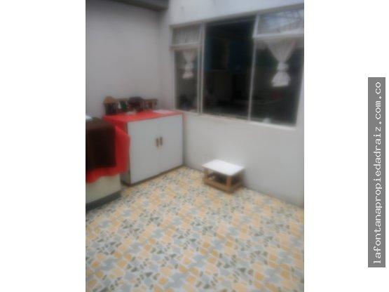 Vende casa con renta en San Jorge