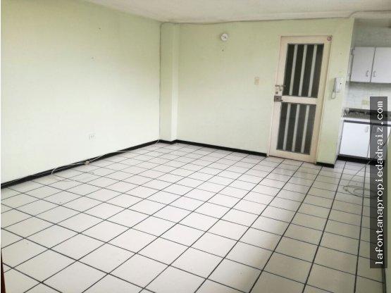 Vende apartamento en la Av Paralela