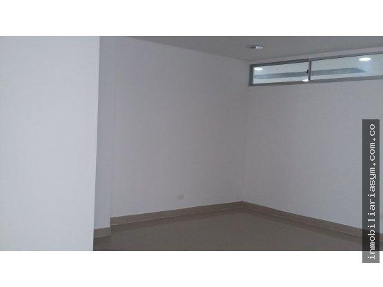 Oficinas 420-421 en venta Ccial Niquia Bello