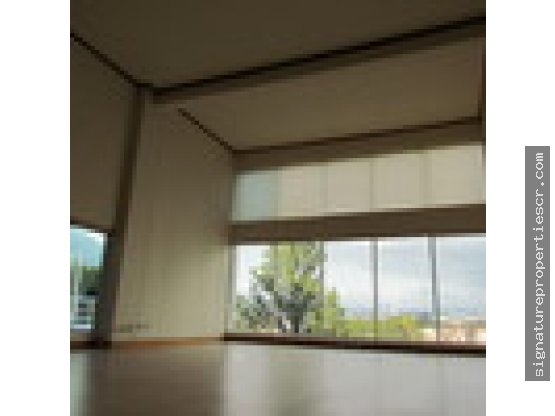 Penthouse en obra gris en Escazú