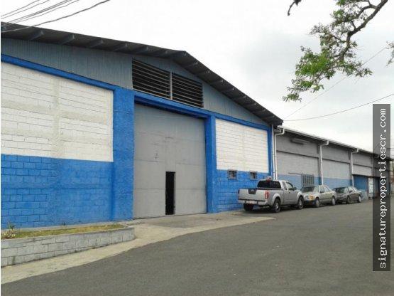 Bodega industrial de 6 metros altura, Tibás