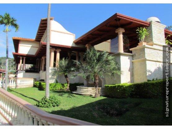 Mansión de Lujo, Santa Ana, Alto de las Palomas